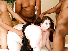 Jellie hopes the D! So this girl gangbangs four black guys!